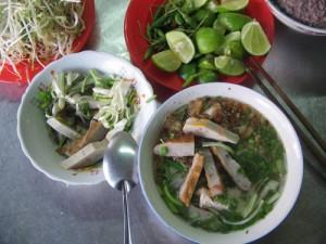 Banh canh cha ca Nha Trang