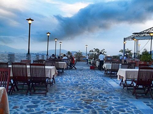 Nhà hàng Paradise