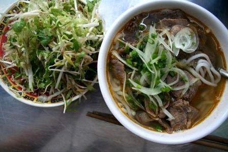 Món bún bò Huế cũng là một món ăn sáng lý tưởng.