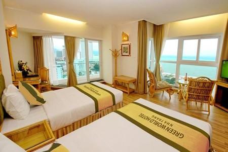 Các phòng của khách sạn 4 sao Green World Hotel Nha Trang đều hướng ra biển.