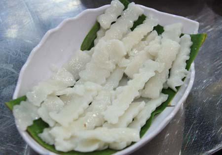 Bột bánh canh đặc biệt của bánh canh chả cá Nha Trang.