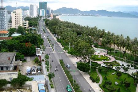 Đường Trần Phú- Con đường đẹp nhất ở Nha Trang.